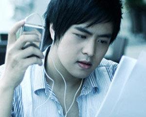 Nhạc sĩ Wanbi Tuấn Anh
